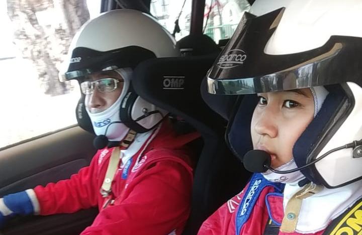 Yoyok Cempe dan putrinya saat latihan bersama di Meikarta beberapa waktu lalu. (Foto : ist)