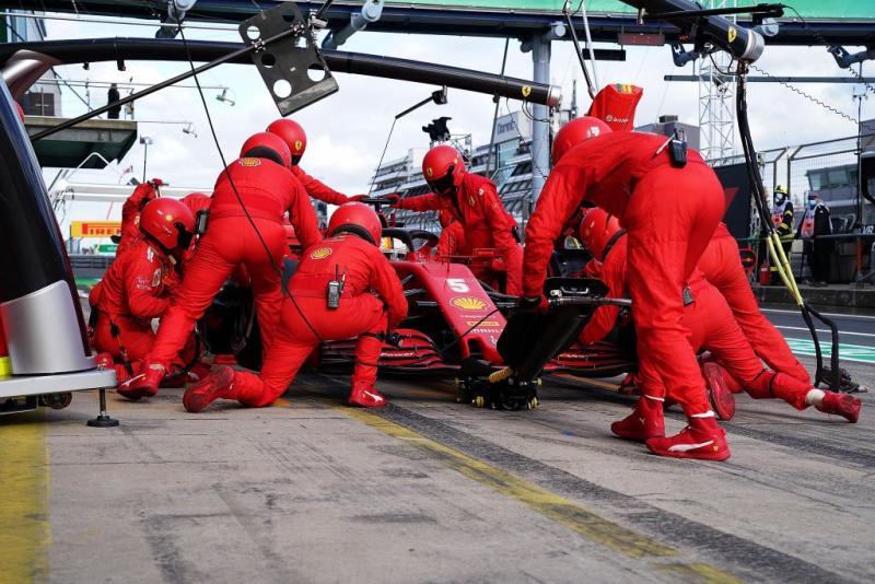 Sebastian Vettel, keluhkan dan terkendala ban pada Eifel GP 2020