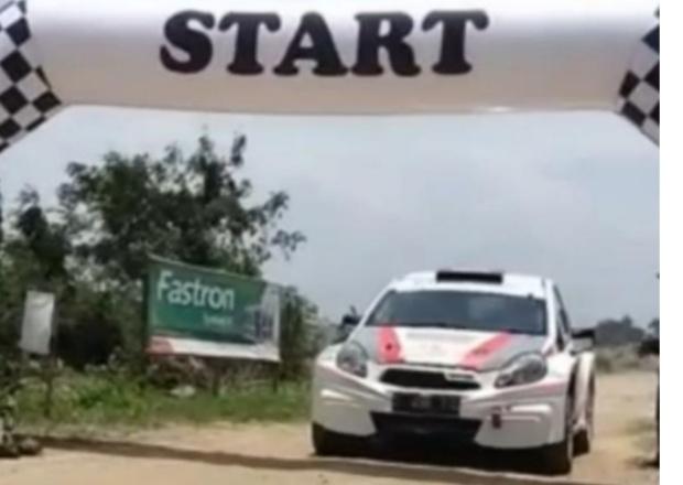 Peserta dari Bandung, Jawa Barat ini melaju cepat di Tropical Sprint Rally Tanjung Lesung hari pertama. (foto : ist)