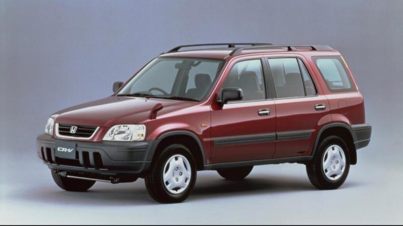 Penampilan awal Honda CR-V tahun 1995, terus mengalami penyempurnaan di umur 25 tahun kini