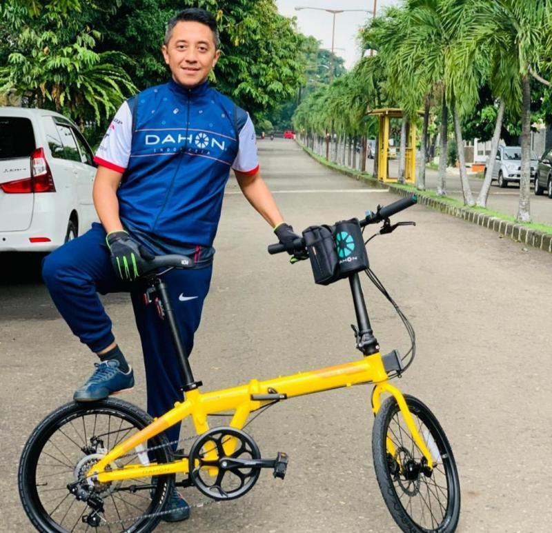 Ario Danu, insan otomotif yang dipercaya juga sebagai pengurus ISSI Kota Bogor. (foto : ist)