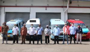 Suzuki Peduli Angkot sendiri merupakan kegiatan CSR Suzuki yang bekerja sama dengan Dinas Perhubungan DKI Jakarta dan Koperasi Angkot DKI Jakarta.