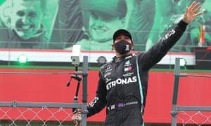 Lewis Hamilton dengan rekor 92 kemenangan, tumbangkan rekor Michael Schumacher. (Foto: theguardian)