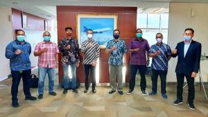 Dukungan siap diberikan Garuda Indonesia dengan membantu akomodasi tim ke berbagai negara, juga dijajaki publikasi MRTI memanfaatkan badan pesawat.