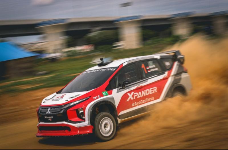 Xpander AP4 yang digas Rifat Sungkar sangat mumpuni dan menyabet juara umum Meikarta Sprint Rally 2020