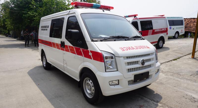 Salah satu armada ambulans yang dirilis oleh DFSK Indonesia