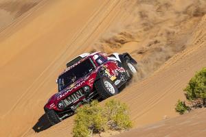 Rally Dakar 2021 akan jelajahi trek baru di gurun pasir Arab Saudi yang diprediksi lebih kejam. (Foto: autosport)