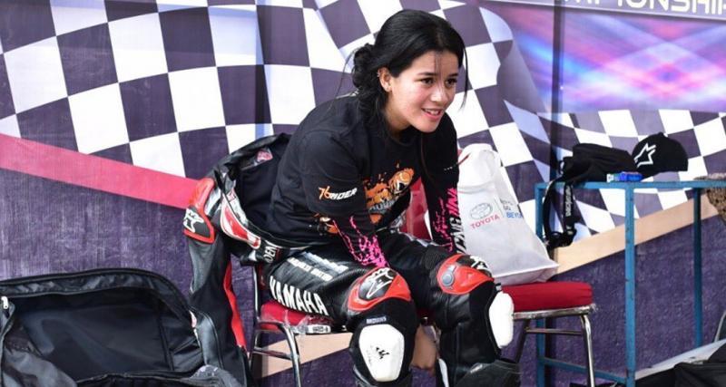 Sabrina Sameh kecewa berat karena event balap motor Indonesia Cup Prix di Subang yang tinggal hitungan hari harus batal menyusul surat edaran IMI Pusat. (foto : instagram)