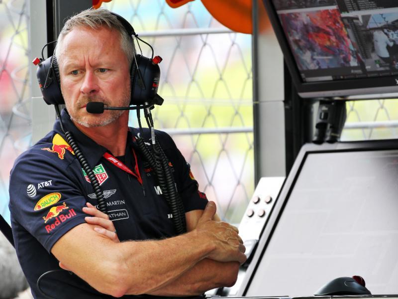 Jonathan Wheatley (Direktur Sport Red Bull Racing), petinggi F1 ke-4 yang terpapar Covid-19. (Foto: planetf1)