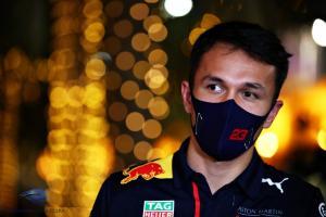 Alex Albon (Thailand/Red Bull), ujian berat pada 3 seri beruntun F1 tahun ini. (Foto: insideracing)
