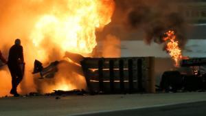 Insiden terbakarnya mobil Romain Grosjean di GP Bahrain 2020, dan sang pembalap akhirnya selamat