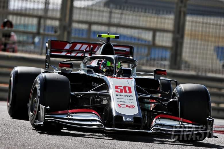 Mick Schumacher (Jerman/Haas), menikmati 90 menit perdananya di kancah resmi F1. (Foto: crash)
