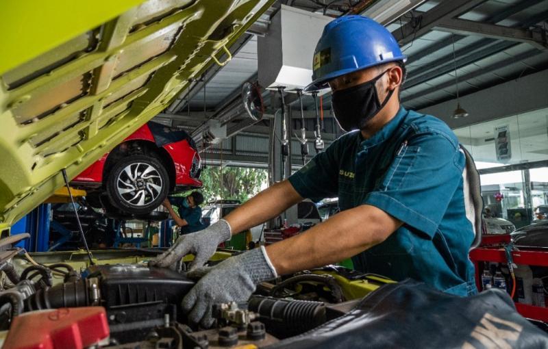 Sangat penting memperhatikan kondisi kendaraan saat musim penghujan, karena kondisi basah dan lembab bisa mempengaruhi bodi maupun mesin kendaraan.