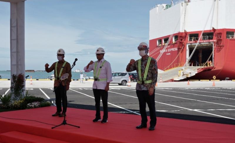 Menhub Budi Karya Sumadi hadir langsung dalam acara pengapalan All New Ertiga diekspor ke Brunei dari pelabuhan Patimban Subang, Jawa Barat