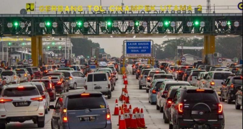 Jasa Marga masih mencatat 150 ribu lebih kendaraan tinggalkan Jakarta jelang Tahun Baru 2021
