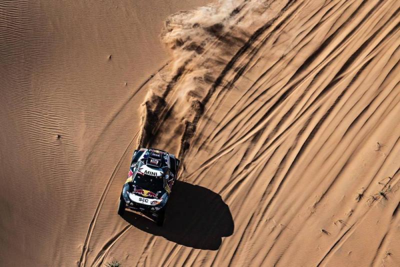 Stephane Peterhansel (X-raid Mini), masih memimpin hingga hari ketiga Rally Dakar 2021 di Arab Saudi. (Foto: dakar)