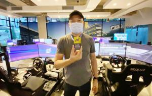 Alvin Bahar enggak menganggap balap simulator sebuah ancaman untuk generasi pembalap sungguhan. (foto : ist)
