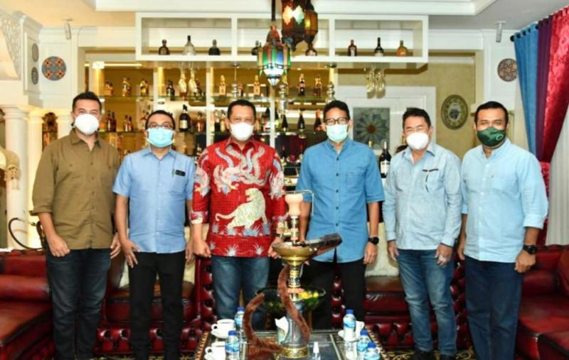 Bamsoet (ketiga dari kiri) bersama calon Waketum IMI Pusat Sadikin Aksa, Judiarto dan Rifat Sungkar.