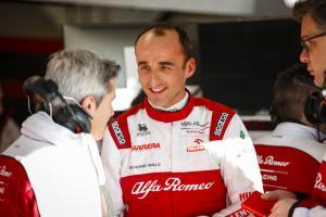 Robert Kubica (Polandia) pembalap cadangan yang bawa banyak uang ke tim Alfa Romeo. (Foto:  pitpass)