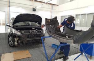 Layanan ini tidak terbatas bagi pemilik Peugeot semata, mobil merek lain juga dapat memanfaatkan layanan Body Repair Premium khas Astra Peugeot.
