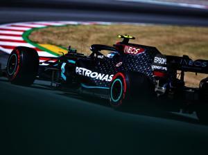 Branding Ineos di Mercedes W11, bukan lagi sekadar sponsor tapi juga pemilik saham tim. (Foto: planetf1)
