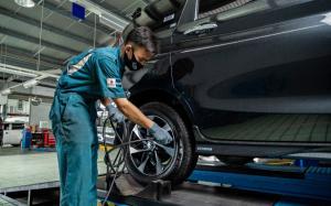 Bagi pemilik mobil, bisa datang ke bengkel resmi diler Mitra Megah Profitamas di Jl. Jend. Ahmad Yani Km 5,5 No.1, Banjarmasin.
