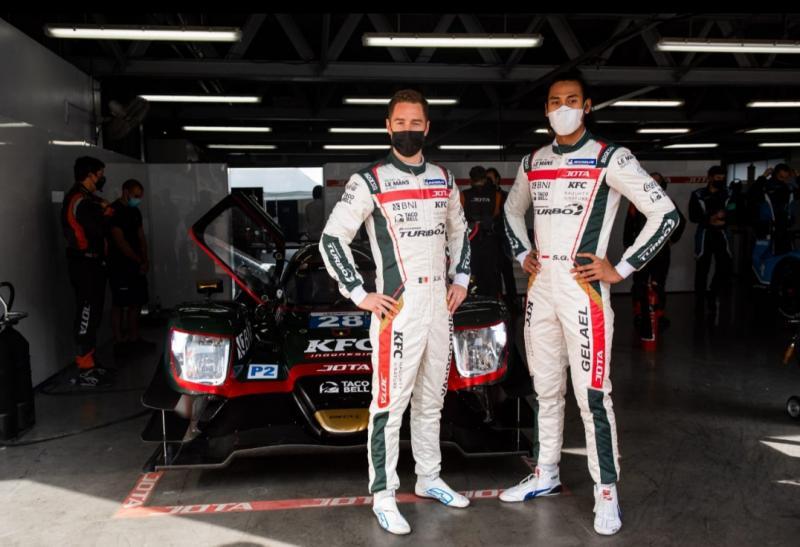Sean Gelael dan Stoffel Vandoorne siap tampil kompak dan total di balap ketahanan Asian Le Mans 4 Hours di Dubai akhir pekan ini