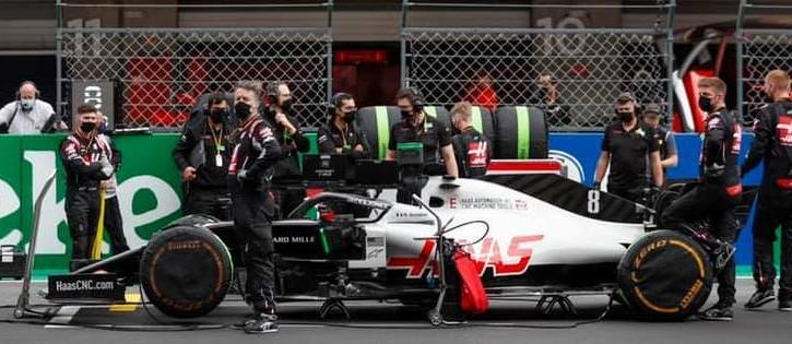Tim Haas F1, terkendala pemasangan mesin Ferrari akibat aturan karantina di Inggris. (Foto: formula1)