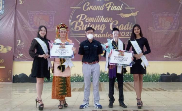 Terpilih Andromeda Satria Manusakerti sebagai pemenang Bujang SMAN 5 Palembang (Mister GEAR Idol Junior) dan Karen Aulia pemenang Gadis SMAN 5 Palembang (Miss GEAR Idol Junior).