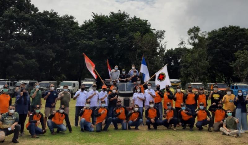 Pengukuhan Team Rescue Land Rover Club Indonesia oleh IMI di Buperta Cibubur, Minggu tadi pagi