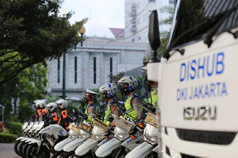 Apel Operasi Lintas Jaya 2021 di Balaikota DKI Jakarta, tumbuhkan budaya tertib lalu lintas