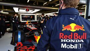 Tim mekanik Max Verstappen dikejutkan dengan pergantian Kepala Mekanik Lee Stevenson. (Foto: racingnews365}