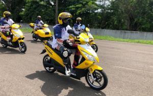 Bamsoet saat melakukan test ride motor listrik Bike Smart Elektrik di Sentul International Circuit Bogor, Minggu (28/2/2021) kemarin