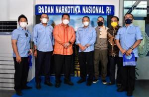 Ketum IMI Pusat Bambang Soesatyo bersama jajarannya saat menyambangi Ketua BNN Komjen Pol Petrus R Golose