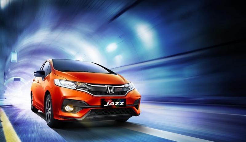Tampilan keren New Honda Jazz sebuah model hatchback yang banyak digandrungi anak muda Indonesia