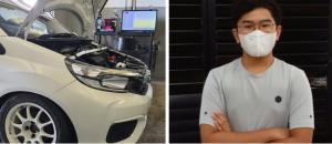 M Kaenan Rito Sini dan mobil Honda Brio yang telah siap dipakai untuk latihan balap mobil ISSOM. (foto : kolase)