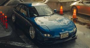 Tampilan keren Mazda Coupe RX-7 hasil modifikasi Khyzyl Saleem
