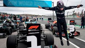 Lewis Hamilton saat raih rekor baru di Portimao tahun lalu.  (Foto: ist)(