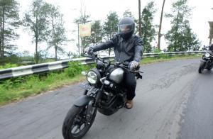 Pengguna Yamaha WR 155 R dan XSR 155 pun asyik riding mengelilingi kawasan Gunung Merbabu, yang melintasi Salatiga, Magelang dan Boyolali.