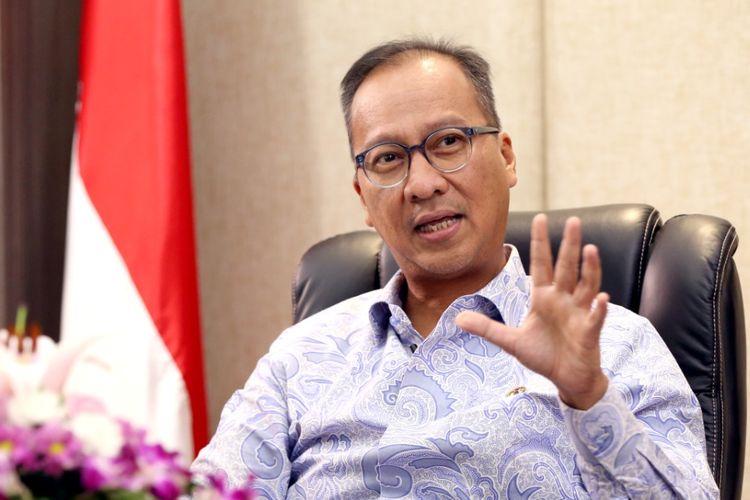 Menteri Perindustrian, Agus Gumiwang Kartasasmita dalam sebuah wawancara di Jakarta