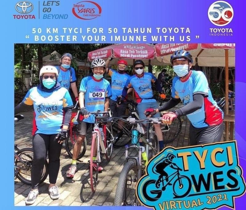 Para peserta kompetisi bertajuk 50 KM Gowes virtual For 50 Tahun Toyota