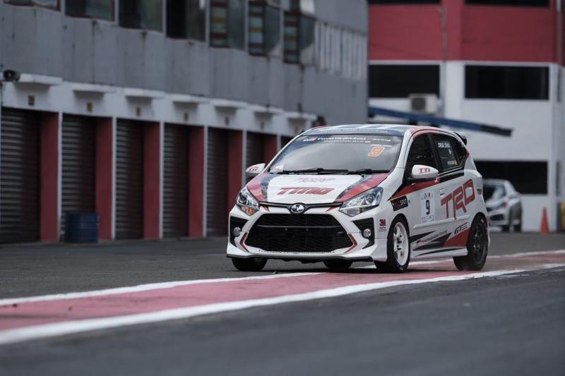 Toyota Agya sudah sangat mumpuni menjadi andalan Jordan Johan di balap ITCR 1200 ISSOM 2021 (foto: TTI)
