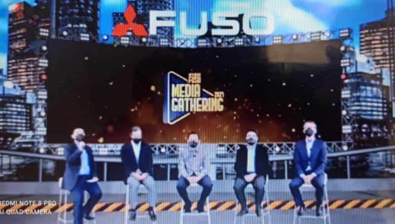 Mitsubishi Fuso langsungkan media gathering secara virtual zoom pada Selasa hari ini
