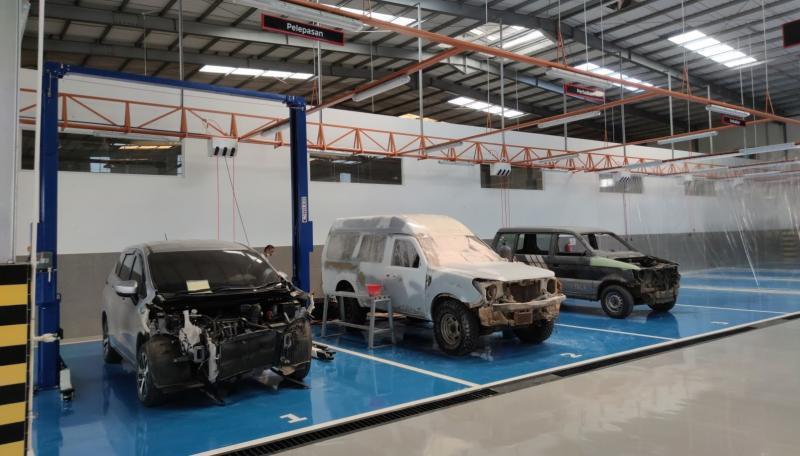 Salah satu fasilitas Mitsubishi Bodi & Cat Barito Berlian Motor, Banjarbaru untuk pelayanan maksimal