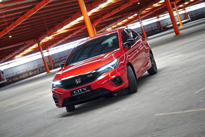 Tampilan memukau Honda City Hatchback yang menjadi pengganti Honda Jazz di Indonesia