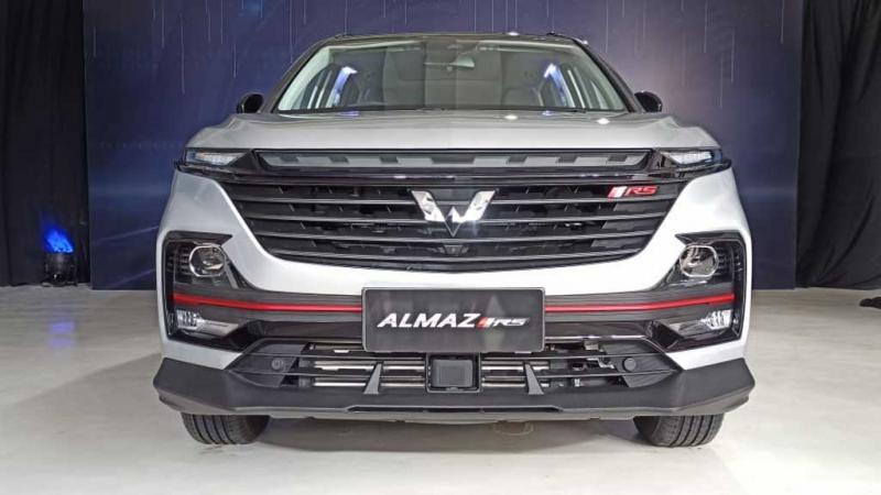 Wuling Almaz RS, flagship SUV dari pabrikan Wuling asal Tiongkok (Foto: hf)