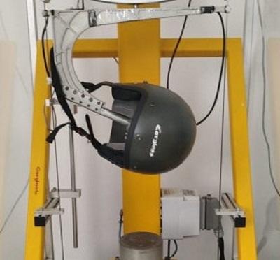 Salah satu tahap uji helm Cargloss sebelum finishing untuk dipasarkan bagi pemotor