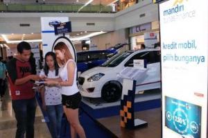 Mandiri Tunas Finance menyediakan kemudahan pembiyaan dalam sebuah pameran otomotif