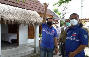 Bamsoet bersama Prasetyo Edi Marsudi (dewan pembina IMI Pusat) meninjau homestay di kawasan Mandalika Lombok NTB