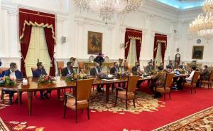 Bamsoet bersama Pengurus IMI Pusat saat diterima Presiden Jokowi di Istana Negara Jakarta, Rabu tadi sore